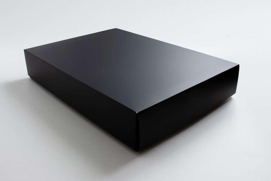 Черная матовая коробка