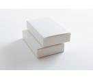 Белая картонная упаковка